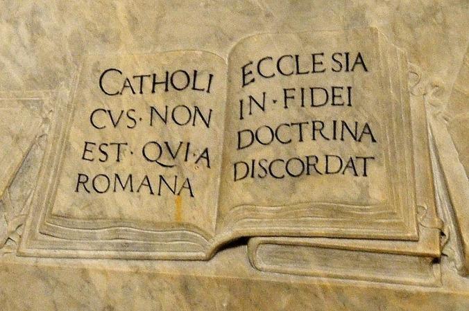 catholicus non est