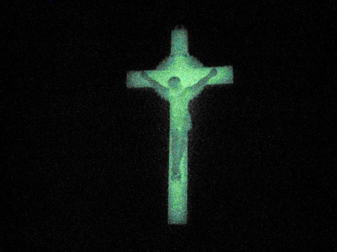 Glowing_crucifix