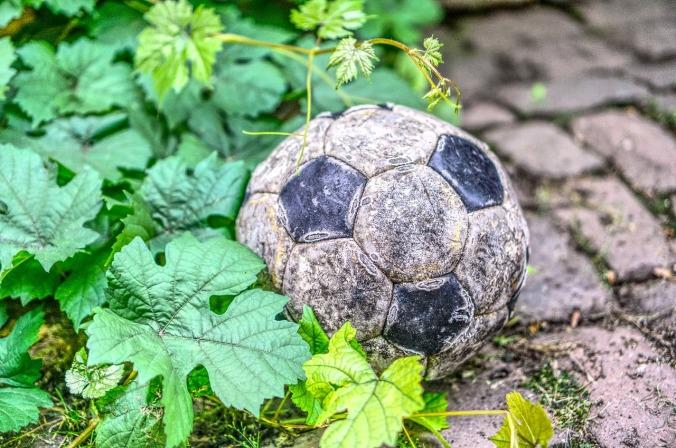 football-3537372_1280